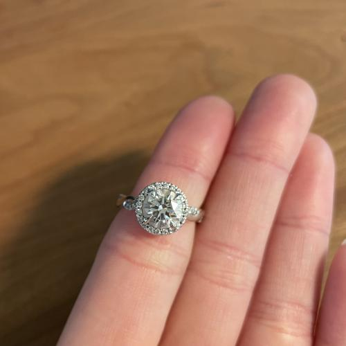 Gorgeous Round 1.51 Ct