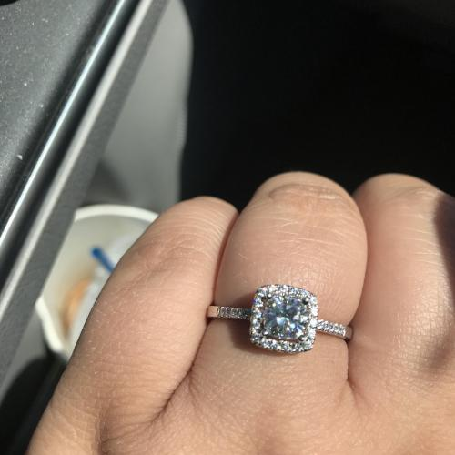 Stunning Helzberg Moissanite ring