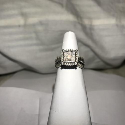 Zei Engagement ring