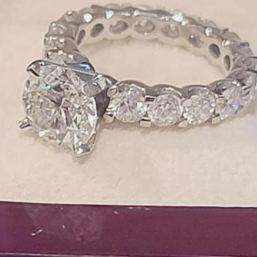 2.0 ct, size 4.5