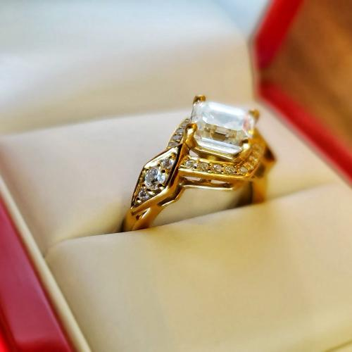 18K Yellow Gold Pave