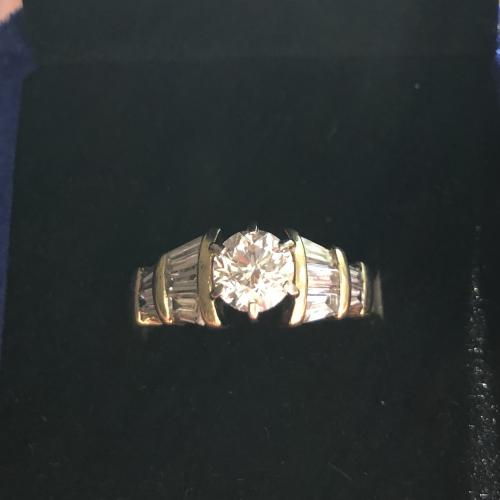 18kt yellow gold 2.38