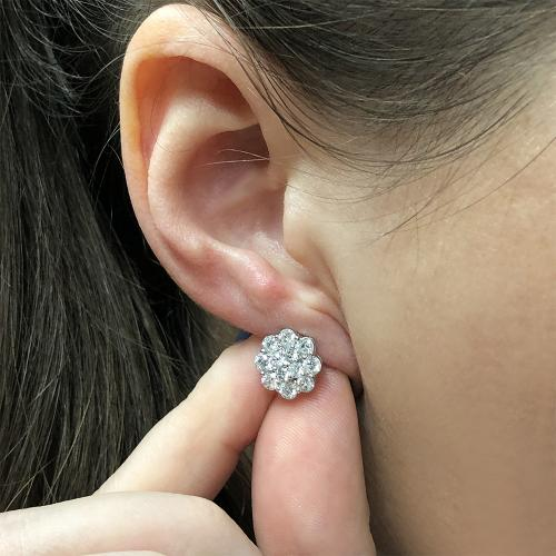 Amazing flower stud earrings