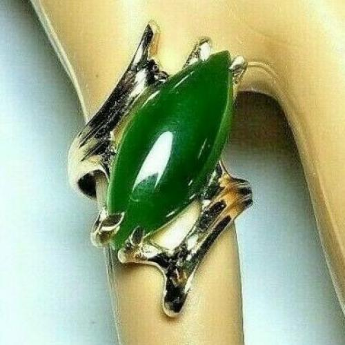 14K EXQUISITE GREEN JADE