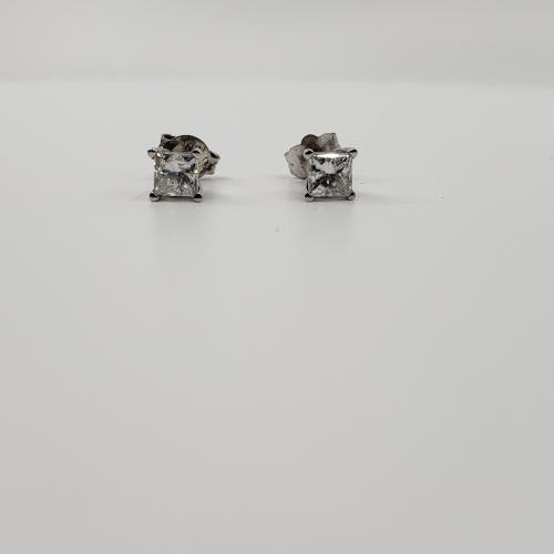 1ct Diamond Studs White