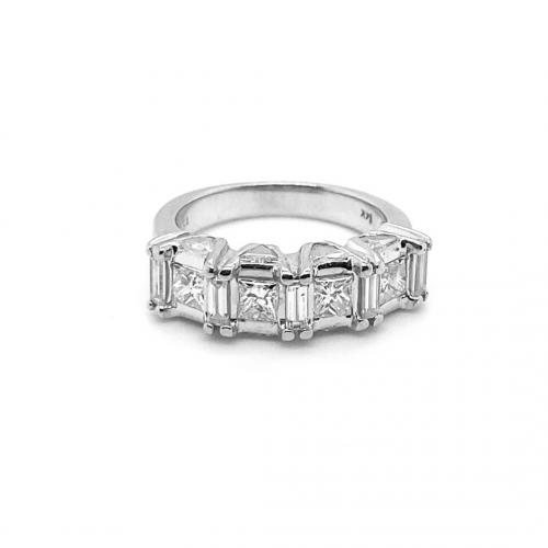 Princess Cut Diamonds with