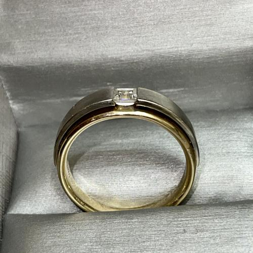 Masculine and fancy ring