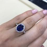 Elegant White Gold Blue