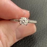 Beautiful 14kt white gold,