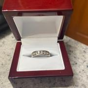 Helzberg 1 CT White